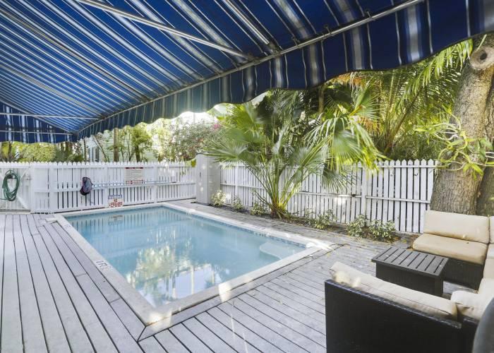 Key West pool side