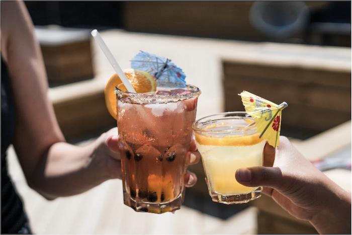 sunset tiki bar cocktails in key west